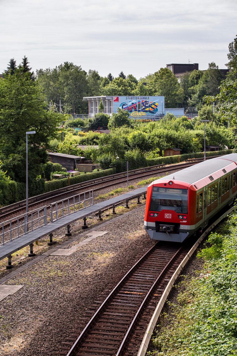 Großes Wandbild für die Stadtteilschule Griesstrasse