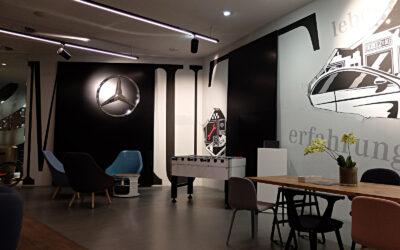 Wandgestaltung im Mercedes me store